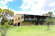 Nice house on 20 acres,  just 10mn to Gympie CBD